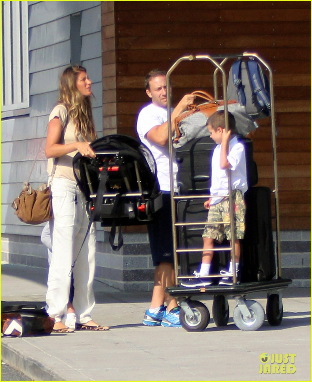 gisele bundchen kids leave tom brady in boston 092700490