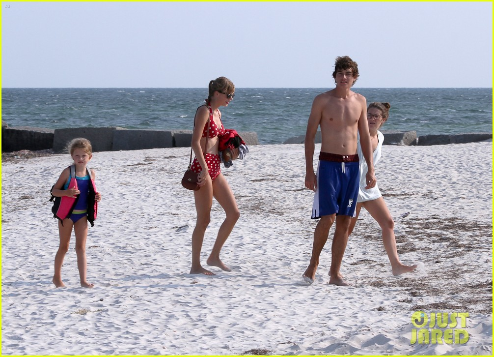 taylor swift bikini conor kennedy shirtless 222704238