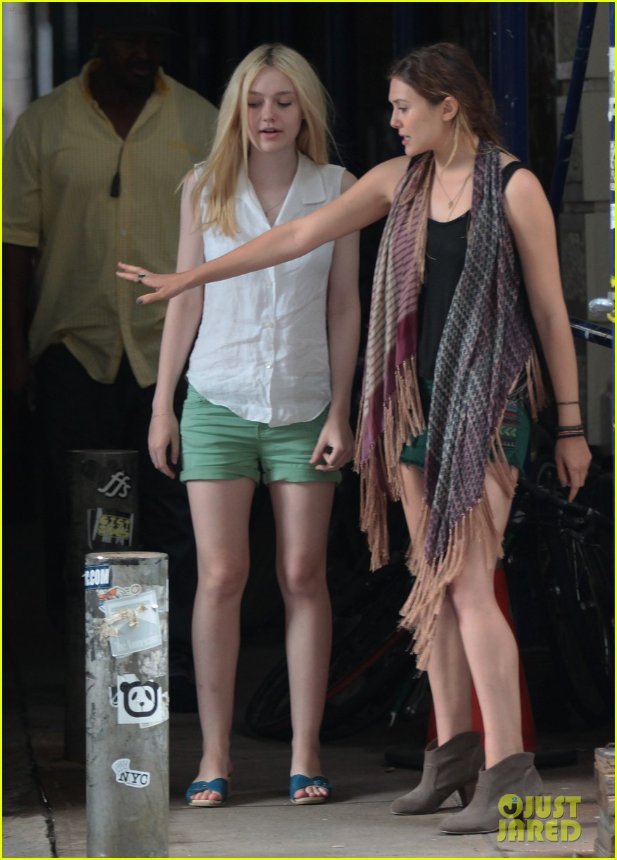 dakota fanning elizabeth olsen ferry good girls 03