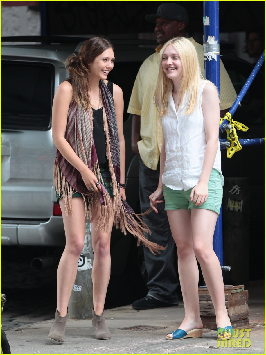 dakota fanning elizabeth olsen ferry good girls 08