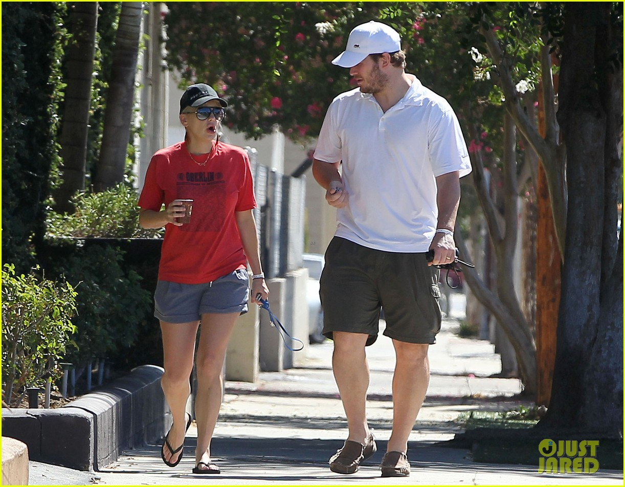 anna faris chris pratt mouth kiss a stranger for baby jack 062709400