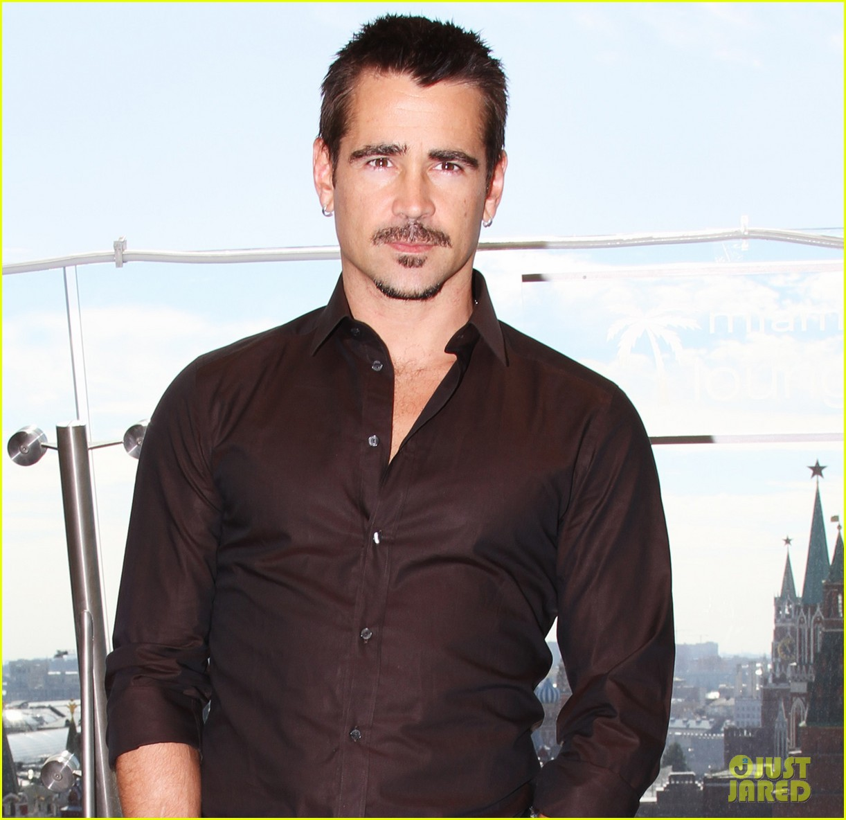colin farrell total recall photo call moscow 03