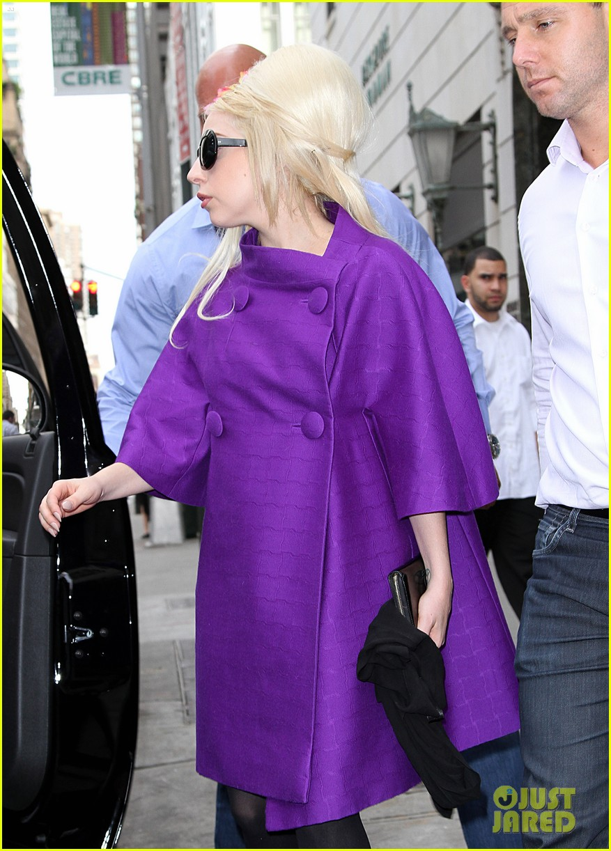 lady gaga madison avenue shopping 03