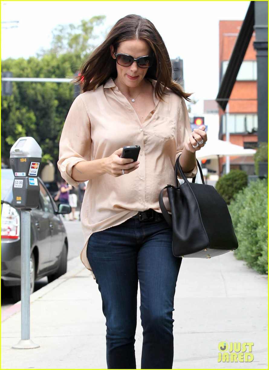 jennifer garner tavern 14