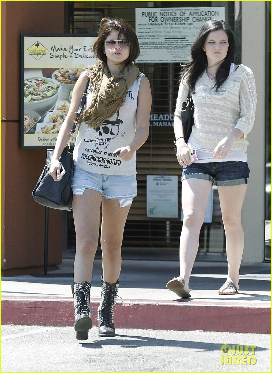 Selena Gomez My Little Is All Growed Up Photo 2705801