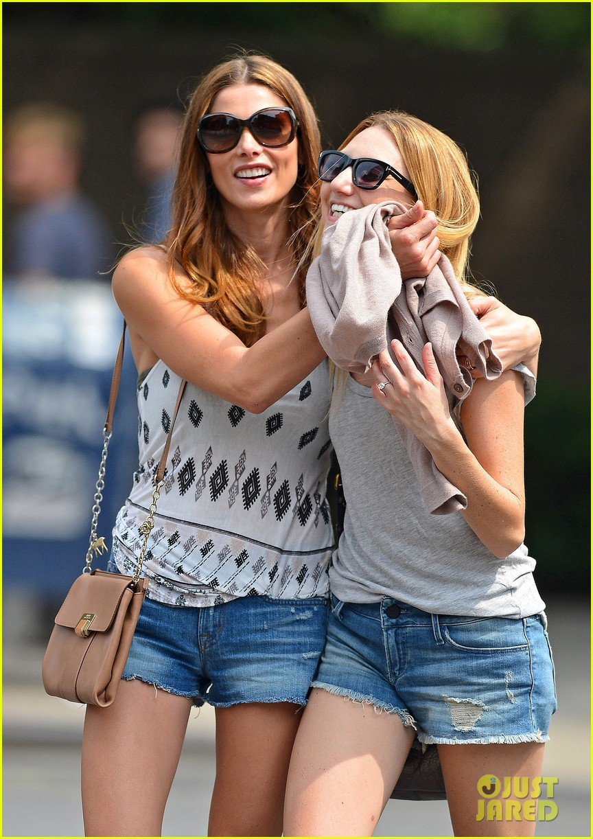 ashley greene gemma lunch date 03