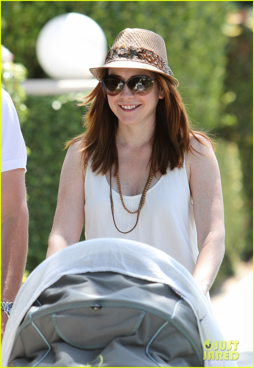 alyson hannigan brentwood family lunch 012697630