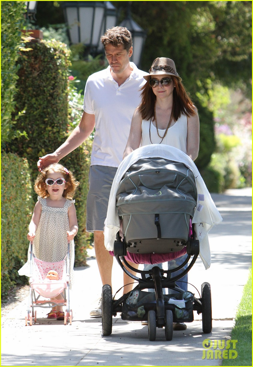 alyson hannigan brentwood family lunch 042697633