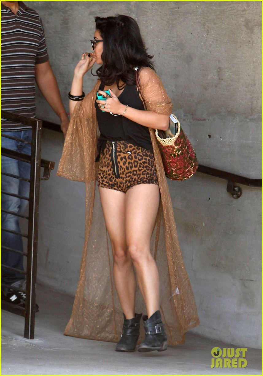 vanessa hudgens leopard leotard in la 05