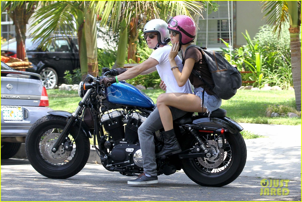 josh hutcherson motorcycle date 06