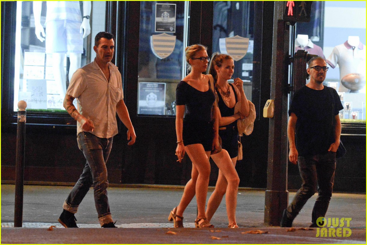 scarlett johansson nate naylor schmuck dinner in paris 152705345