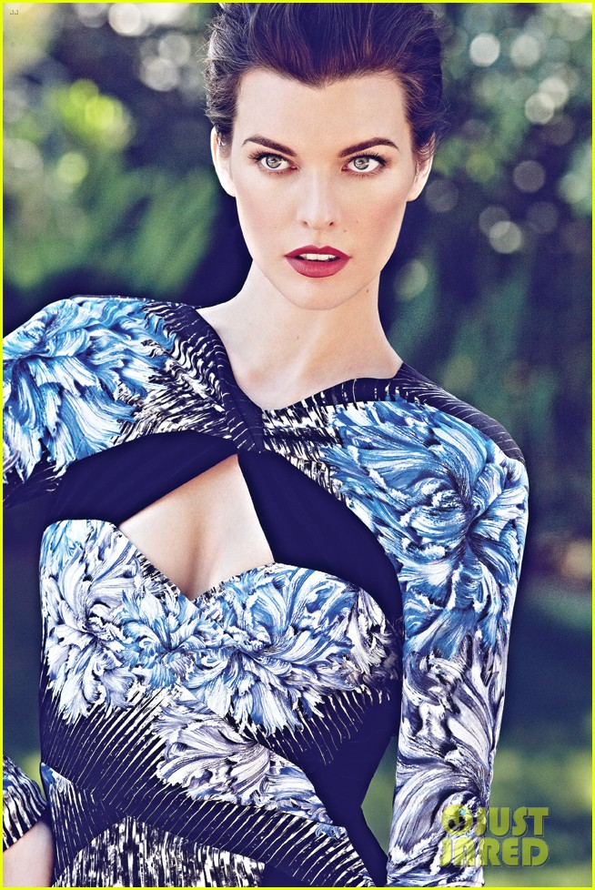 milla jovovich flare magazine october 2012 01