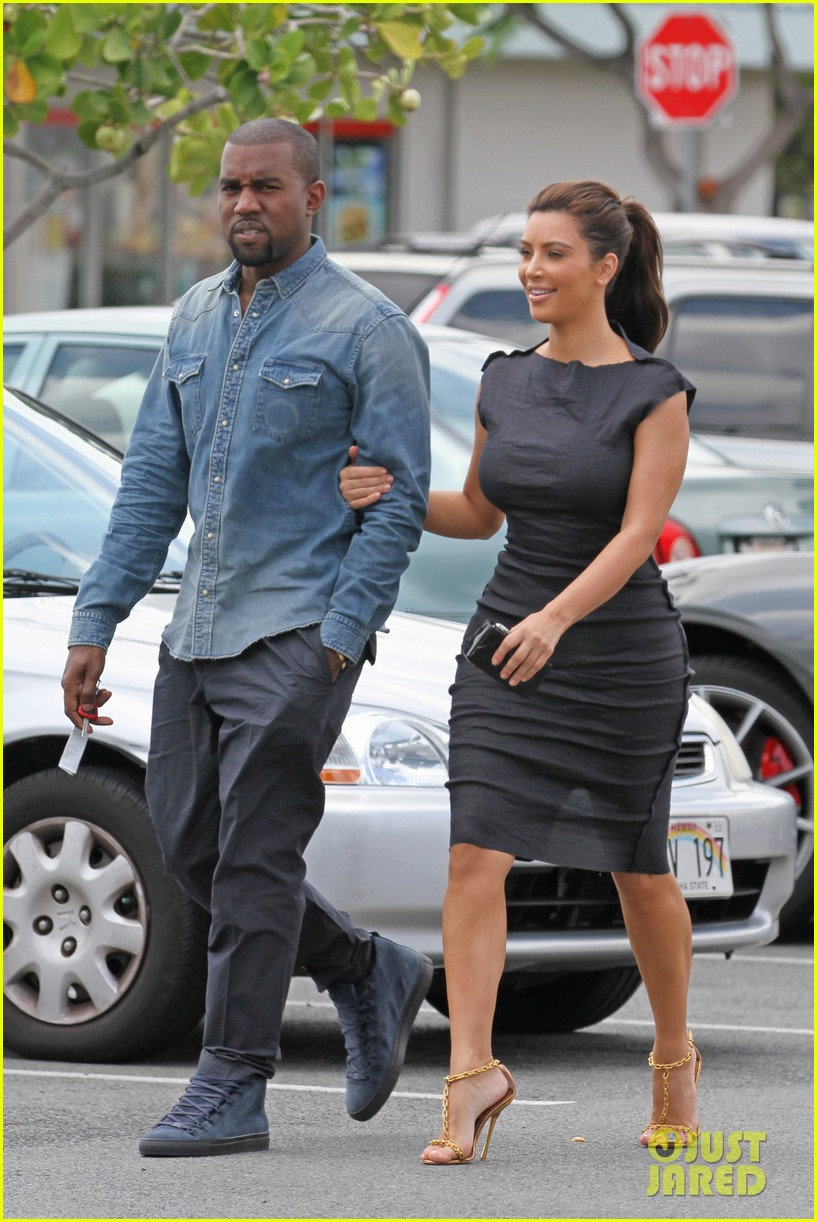 kim kardashian kanye west ice cream stop 03