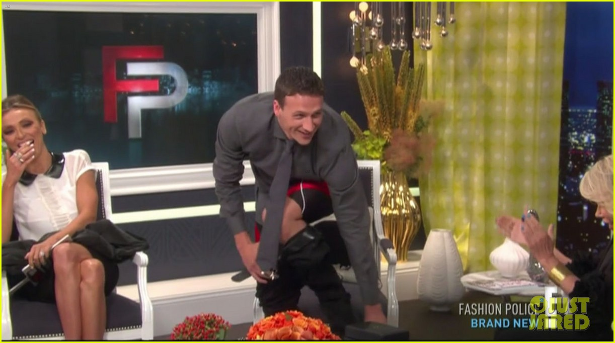 ryan lochte goes shirtless on fashion police 06