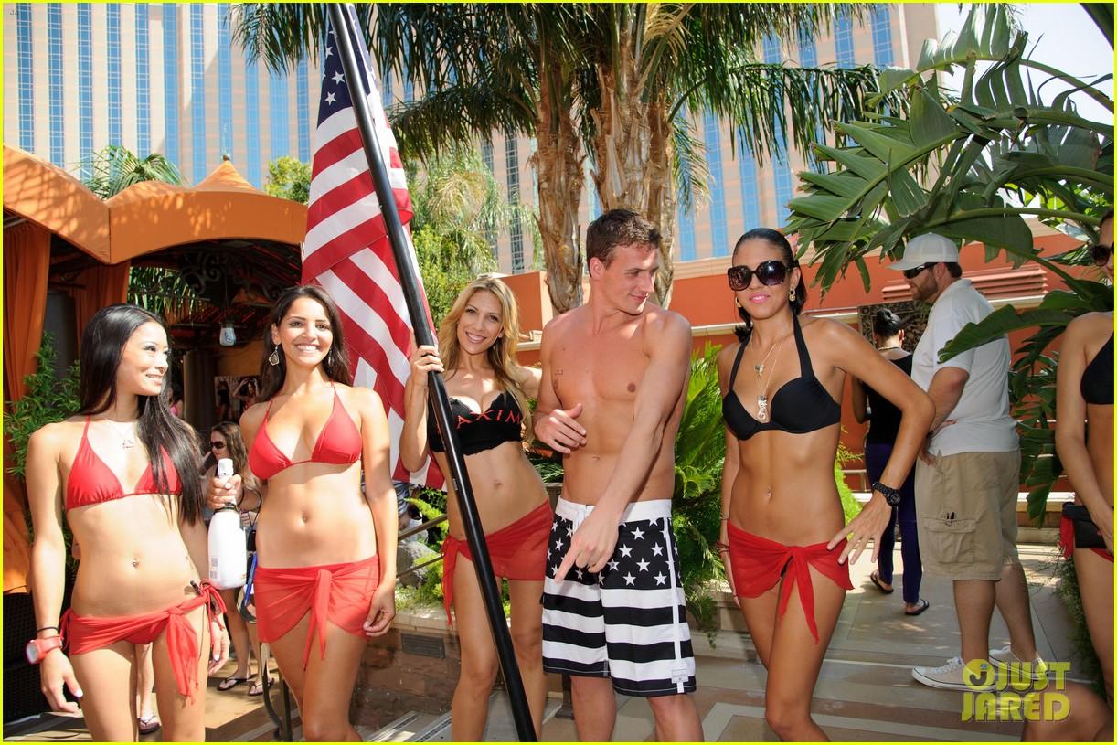 ryan lochte las vegas pool party weekend 362704481