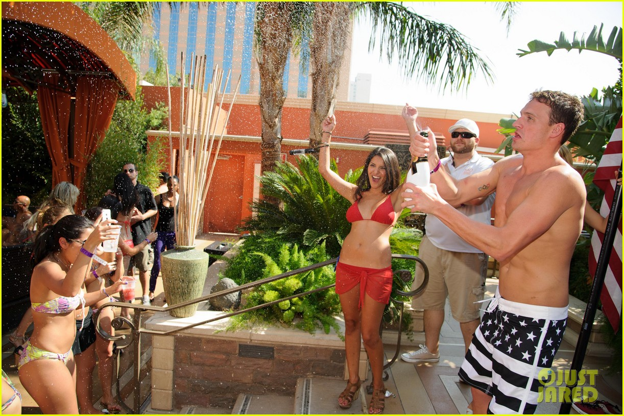 ryan lochte las vegas pool party weekend 512704496