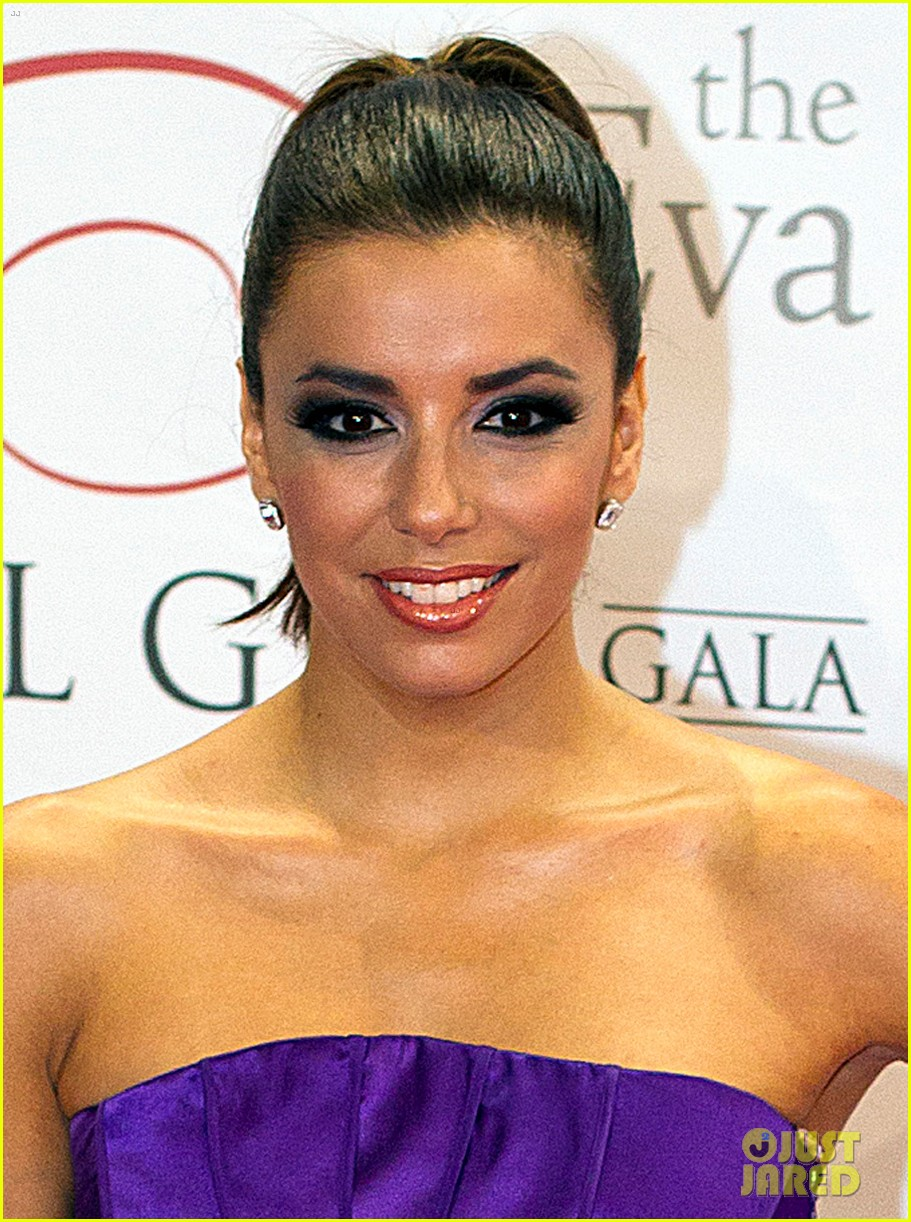 eva longoria amaury nolasco global gift gala givers 02