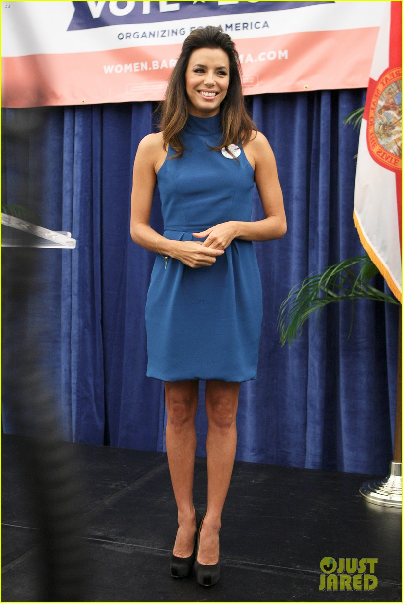eva longoria supports obama at florida womens summit 01