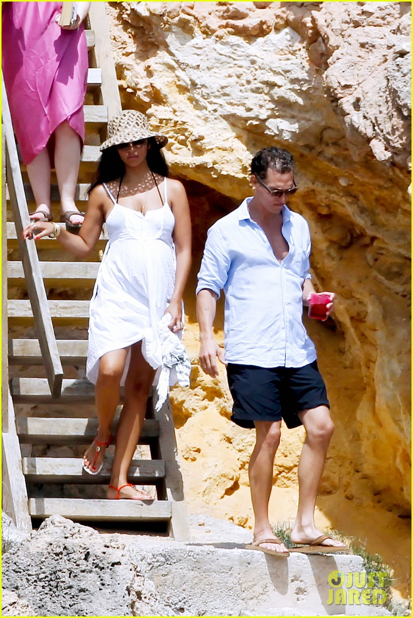 matthew mcconaughey camila alves ibiza vacation 052700943