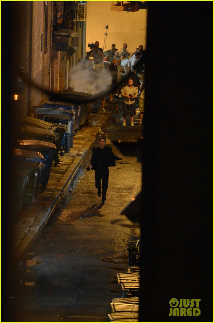 miley cyrus liam hemsworth filming in philly 09