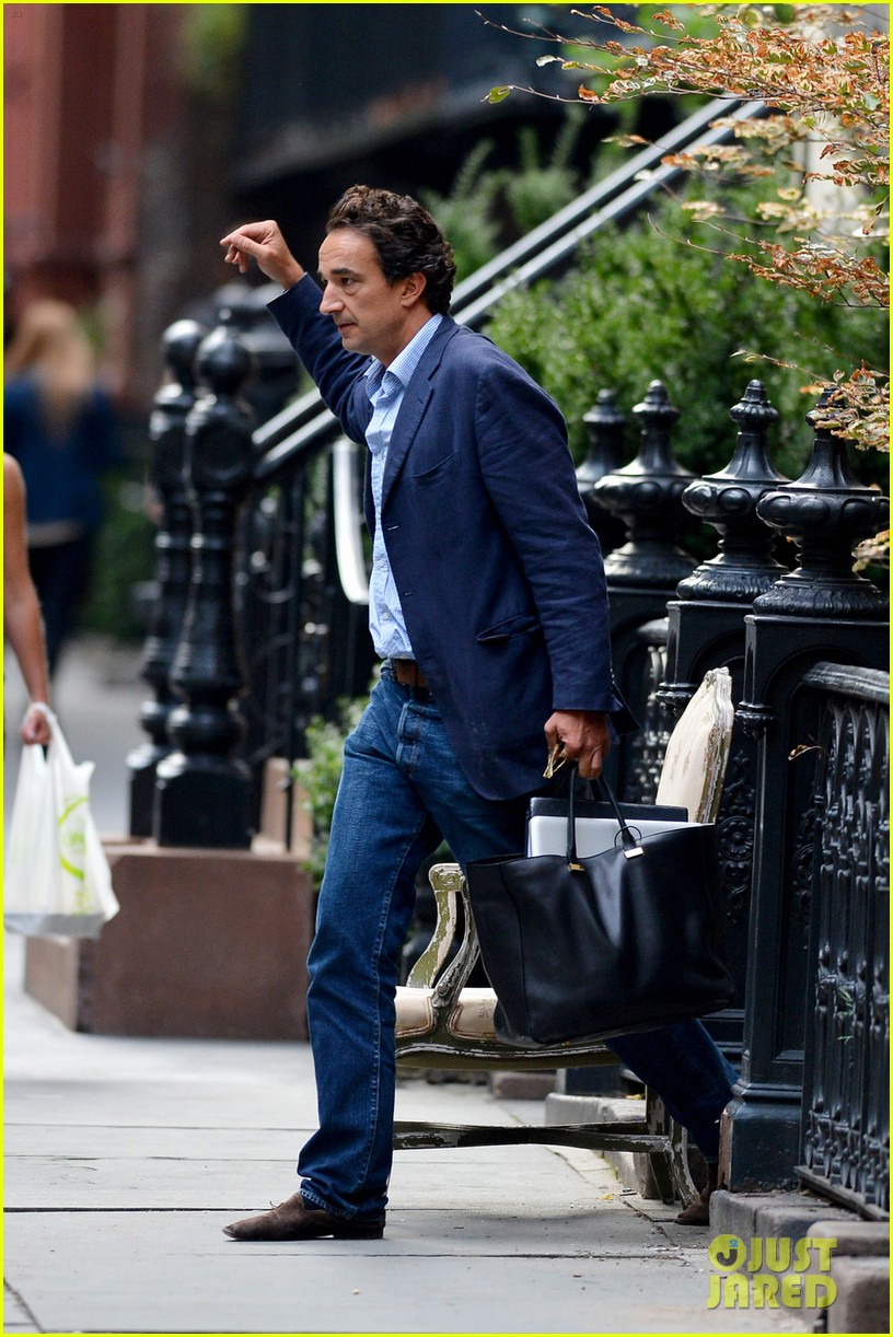 mary kate olivier sarkozy leave apartment 022705690