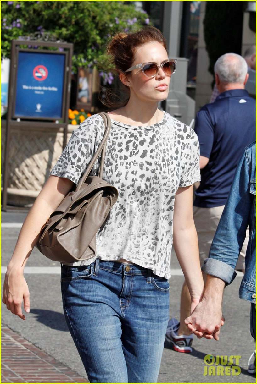 mandy moore ryan adams shopping 02