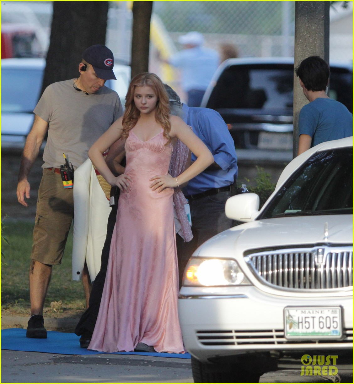 chloe moretz blood soaked on carrie set 272708380