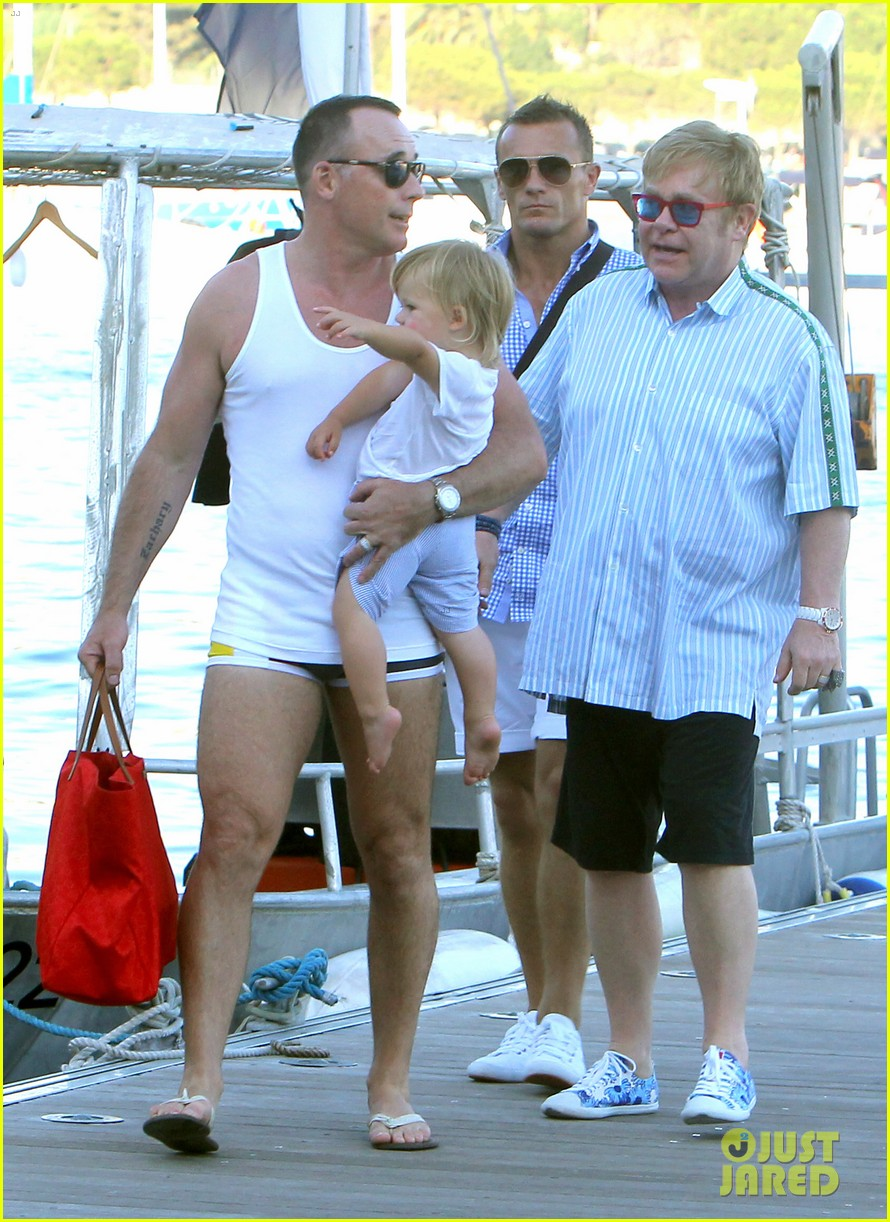 neil patrick harris saint tropez with the family 26