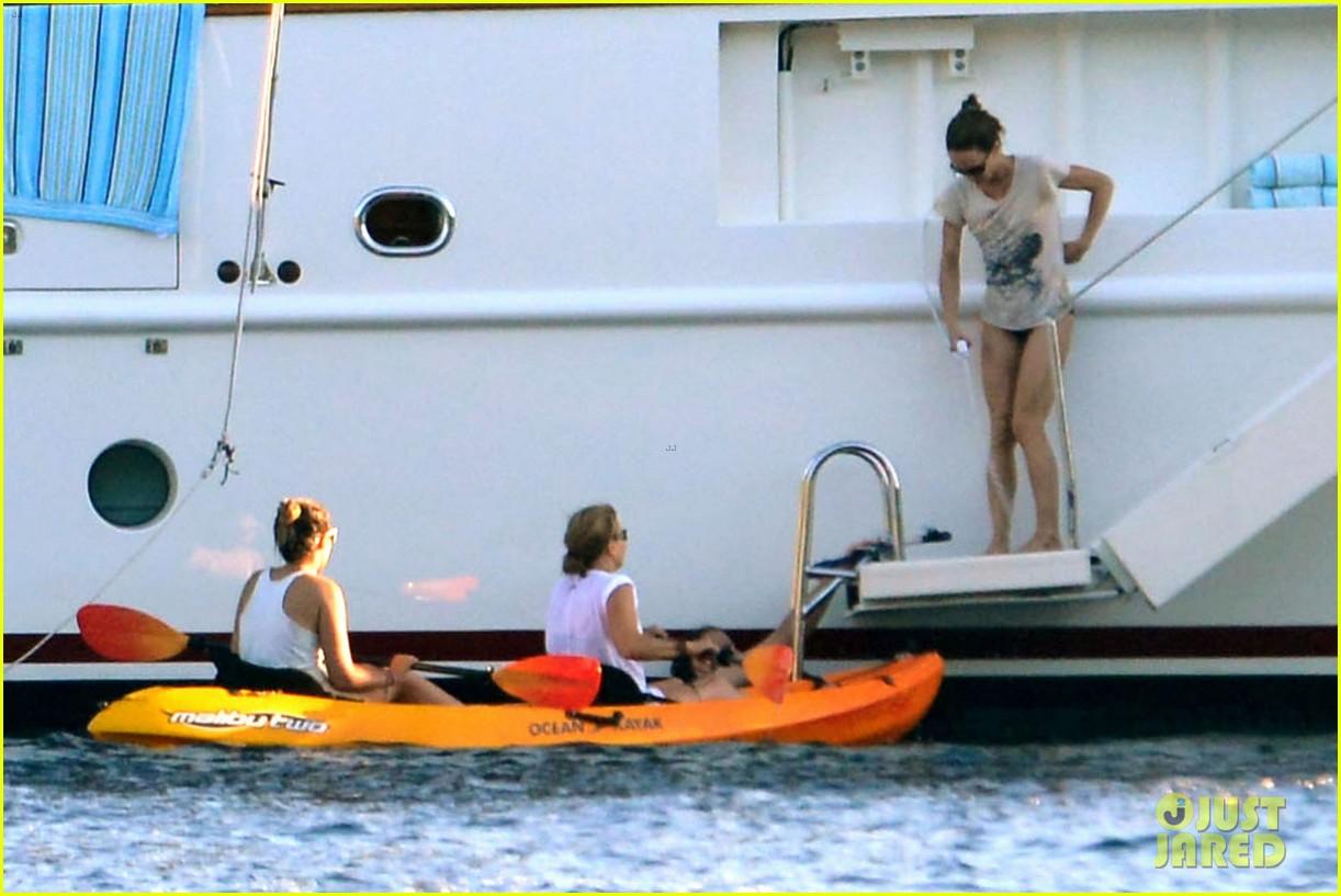 vanessa paradis paddleboarding with jack 07