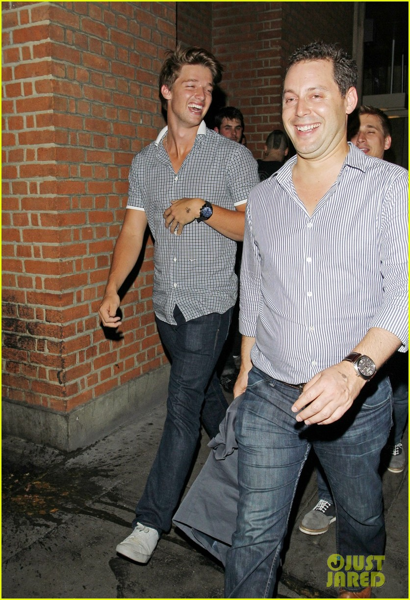 patrick schwarzenegger london nightclub with sis katherine 11