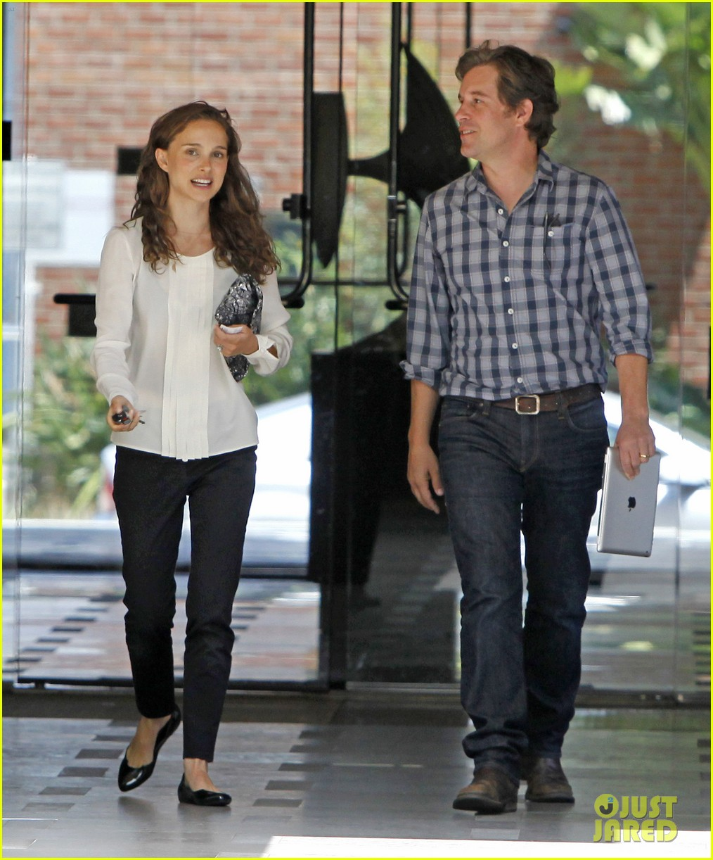 natalie portman back to work after wedding 04
