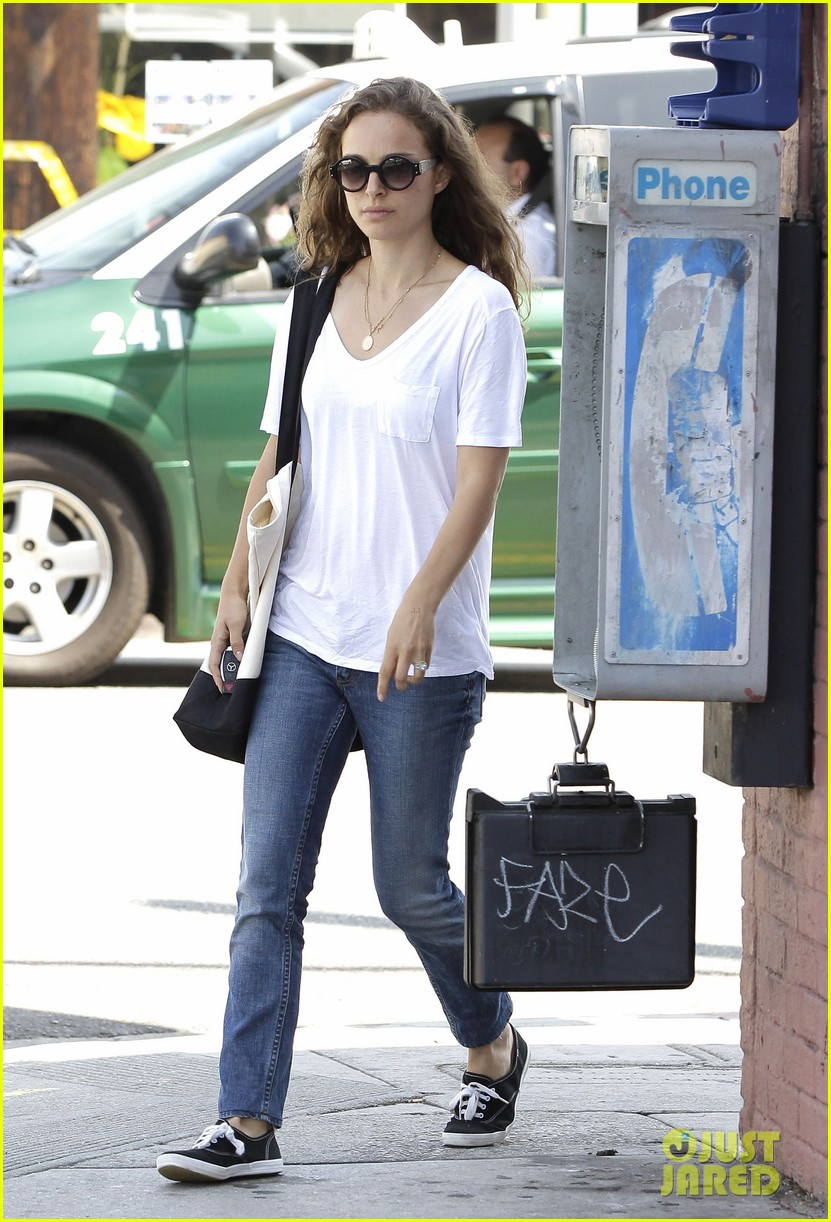 natalie portman early lunch 12