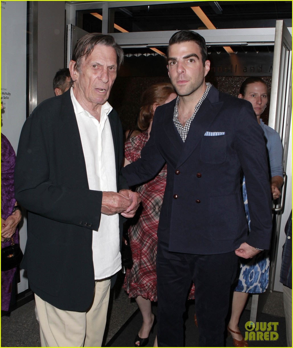 zachary quinto jesse tyler ferguson red opening night 14