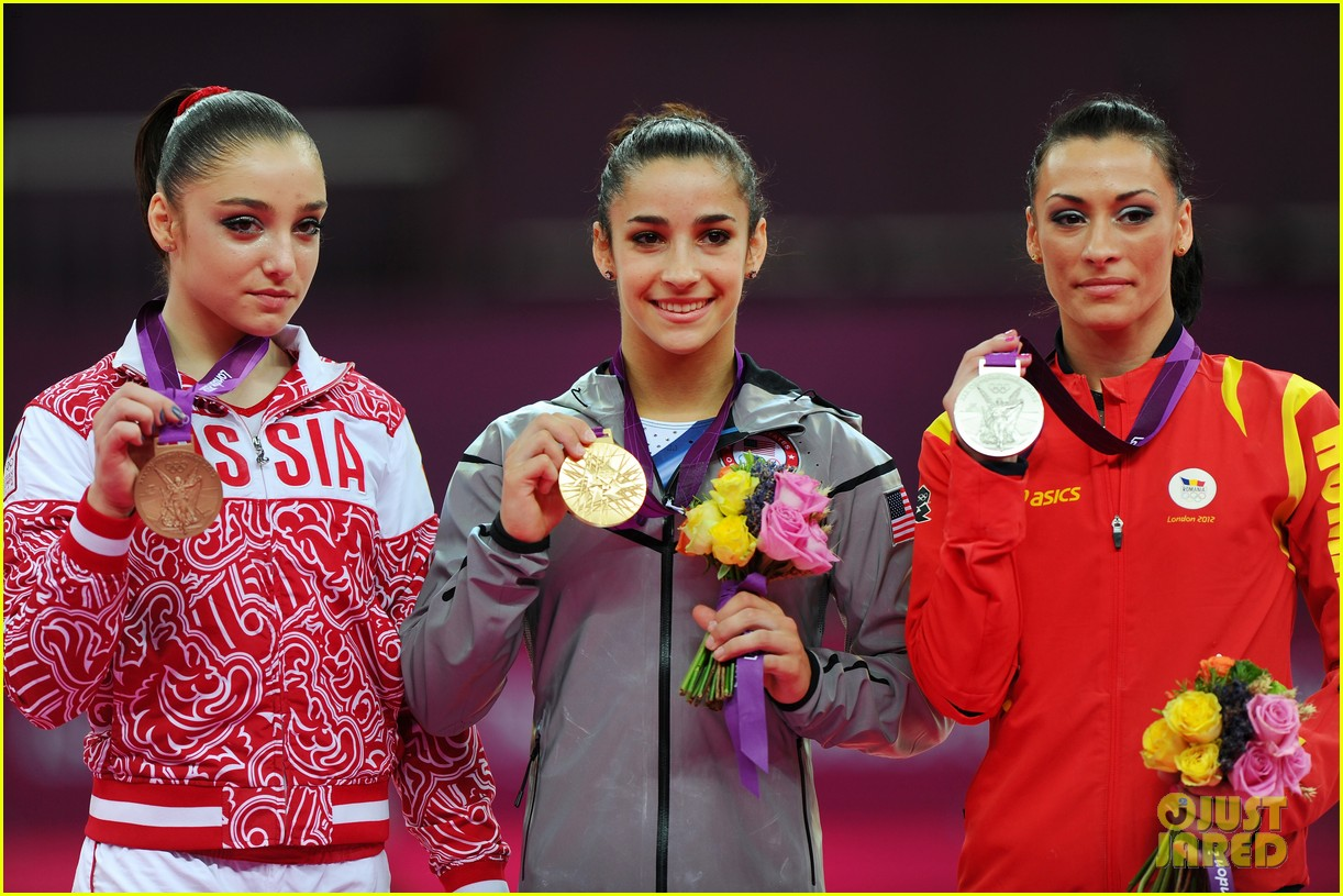 aly raisman jordyn wieber floor exercise finals results 032698171