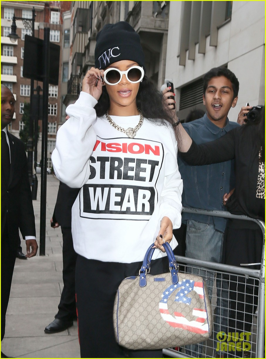 rihanna visition street wear london 04