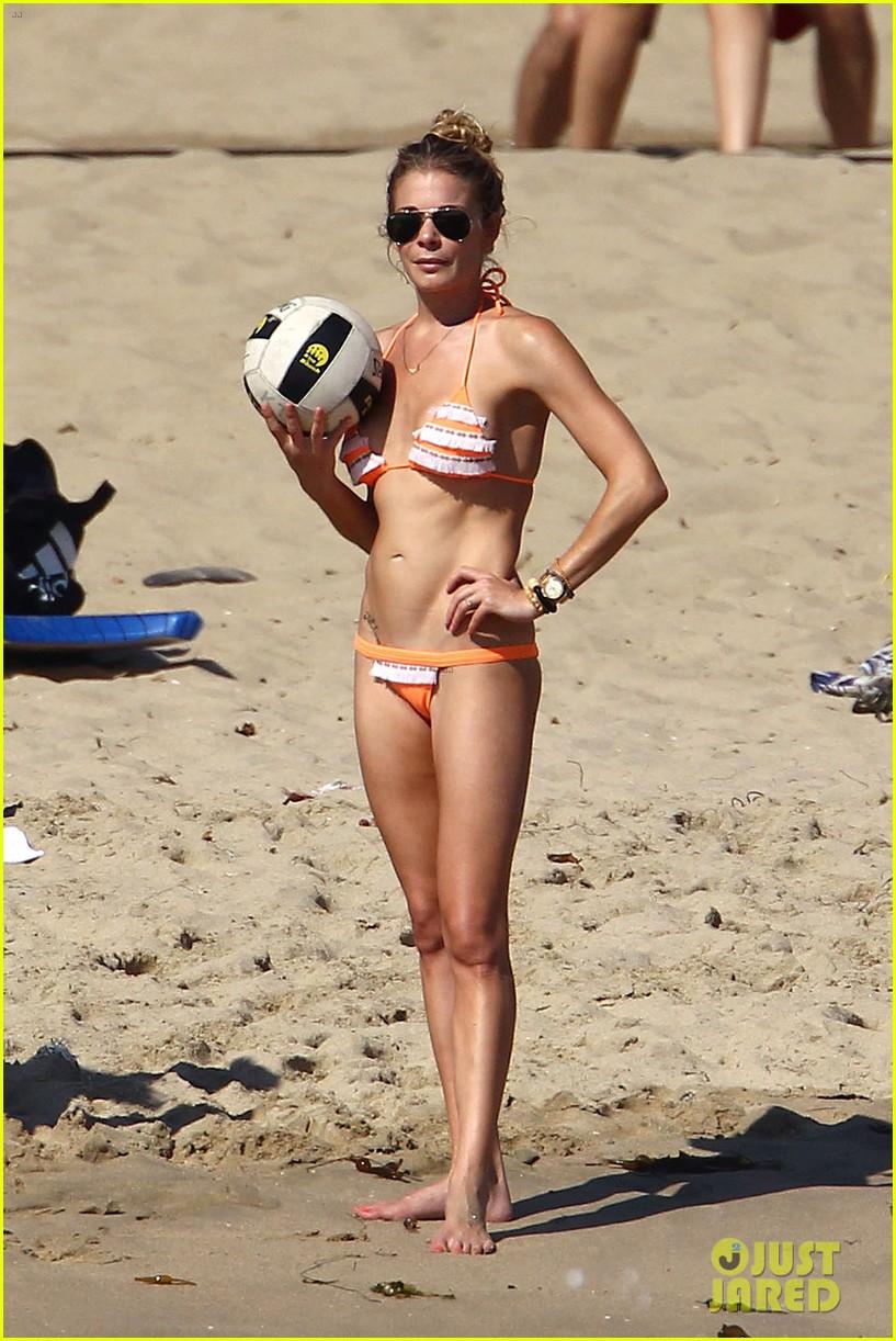 leann rimes bikini beach babe with eddie cibrian 092701485