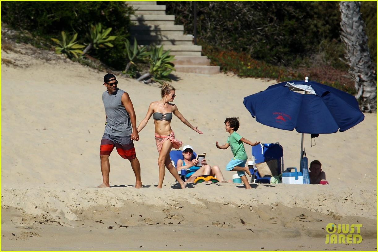 leann rimes bikini beach babe with eddie cibrian 162701492