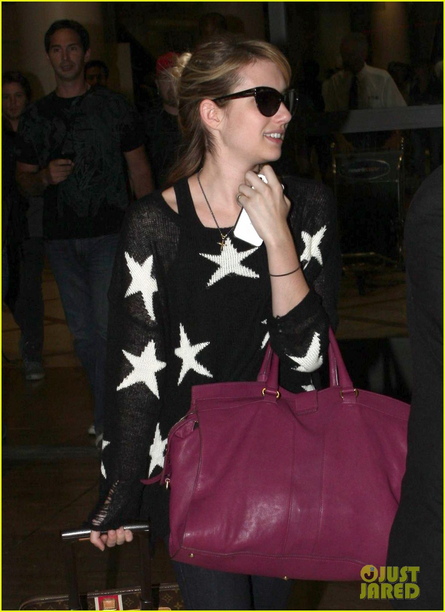 emma roberts starry sweater 112696587