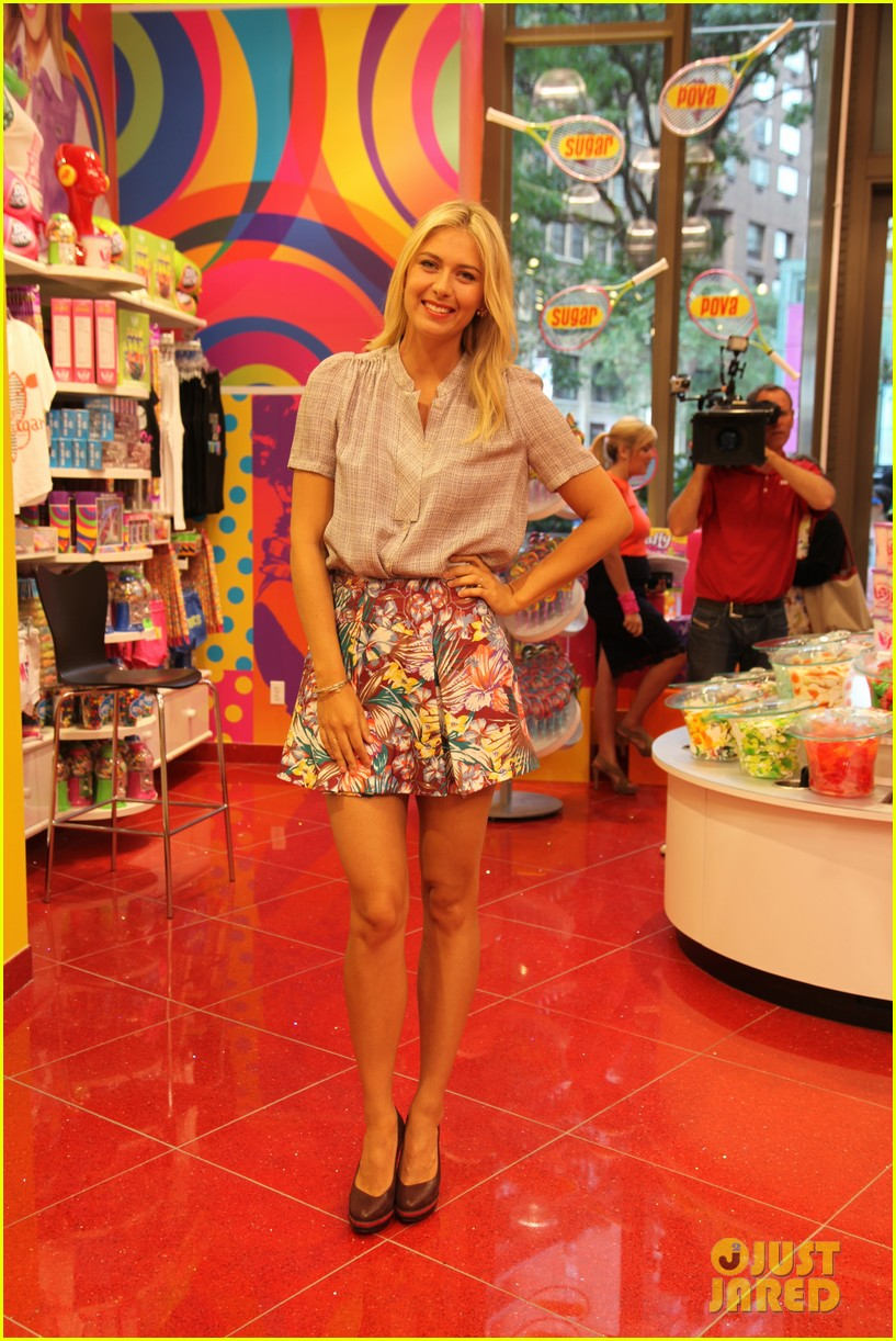 maria sharapova sugarpova launch hamptons mag cover 04