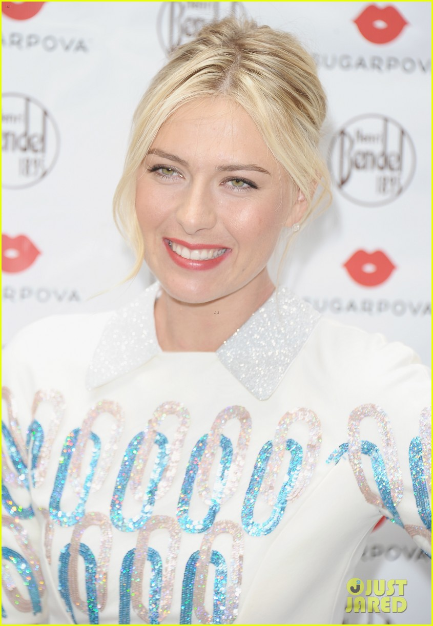 maria sharapova sugarpova launch hamptons mag cover 09