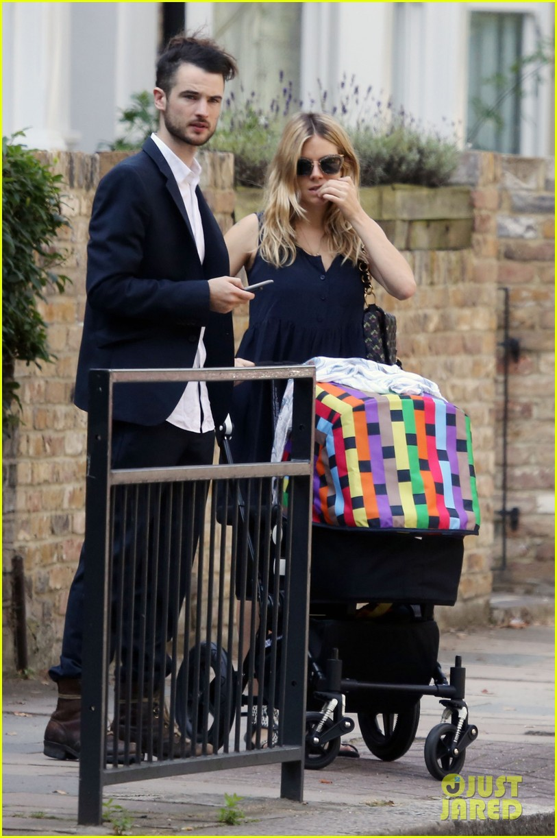 miller tom sturridge out with marlowe 05 photo 2699107 just jared