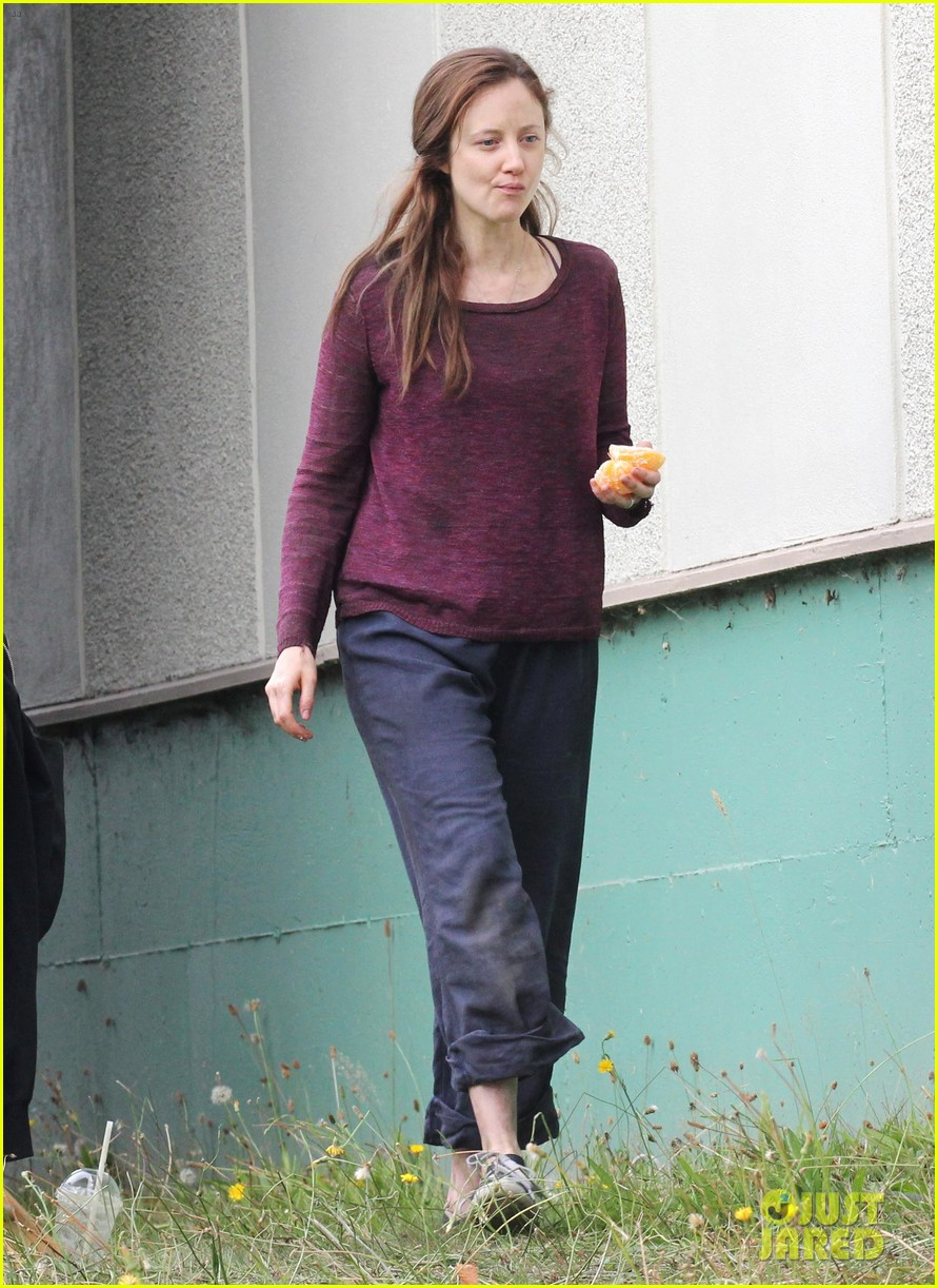 alexander skarsgard hidden set with andrea riseborough 072710463