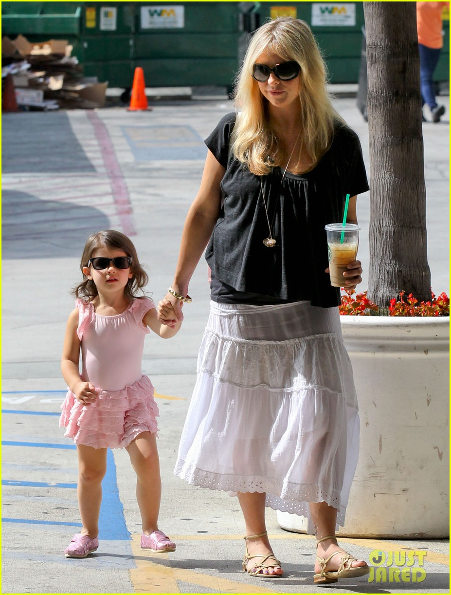sarah michelle gellar freddie prinze jr 10th wedding anniversary next weekend 032708907