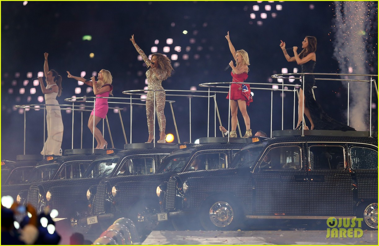 spice girls olympic closing ceremony 012700890