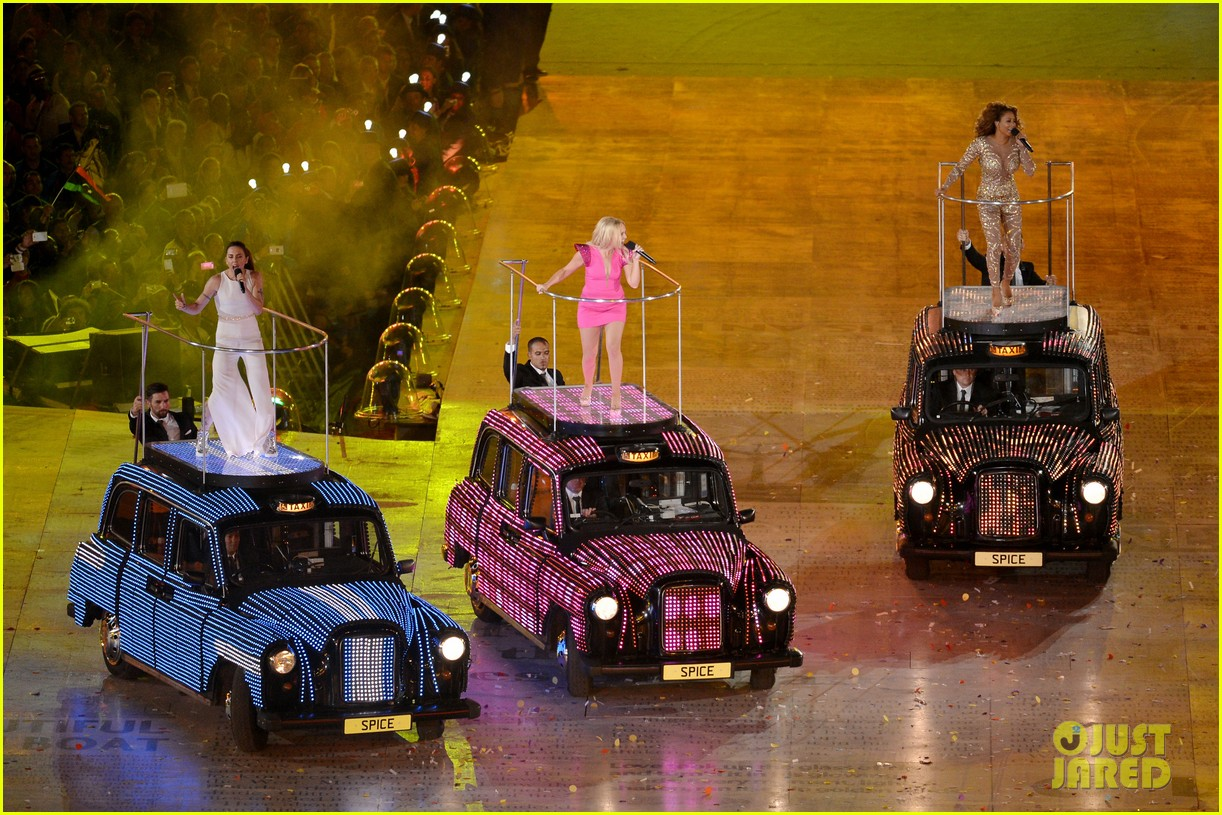 spice girls olympic closing ceremony 14