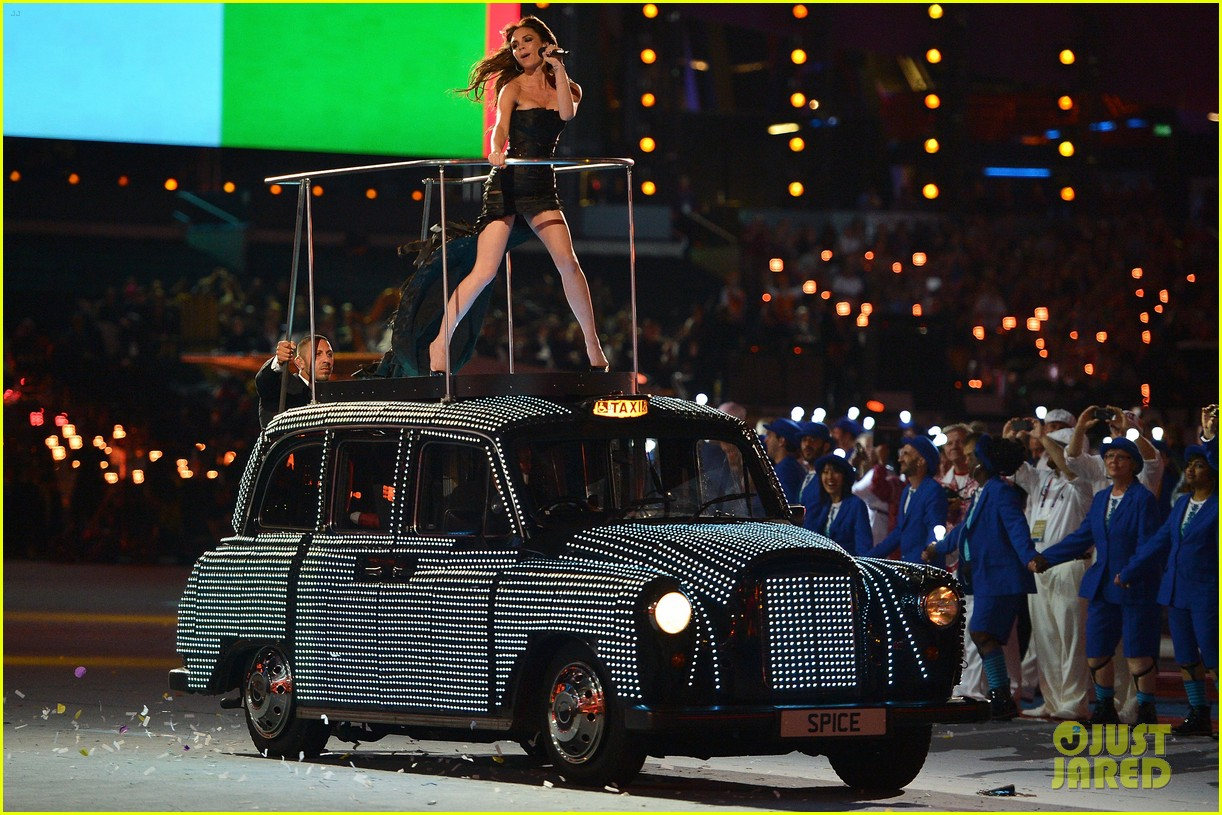 spice girls olympic closing ceremony 17