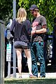 emma stone andrew garfield burgers and books 13