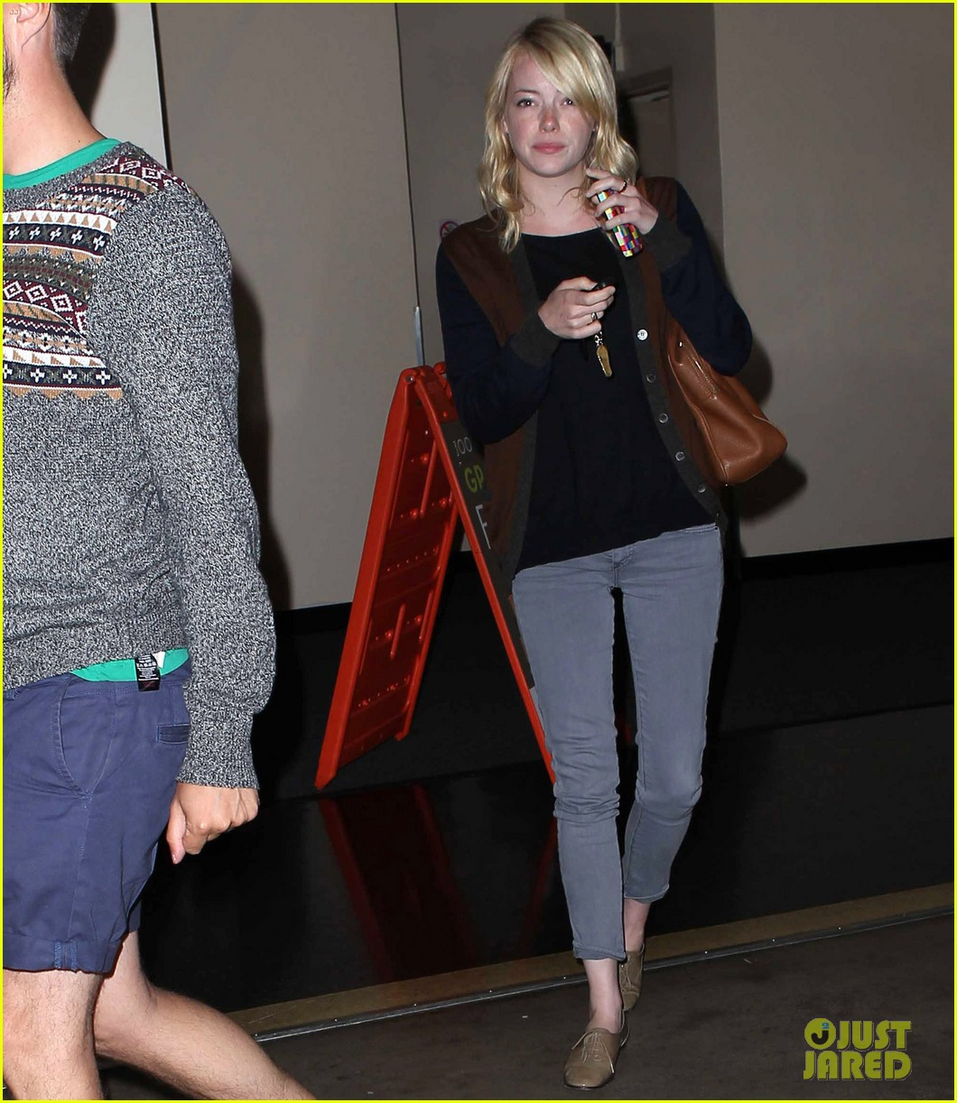 emma stone make up free sushi lunch 08