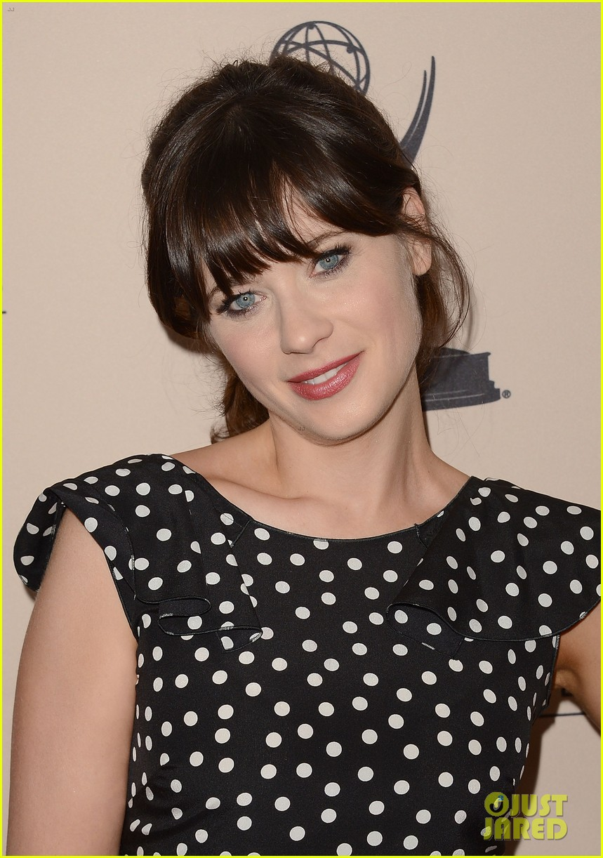 sofia vergara zooey deschanel atas cocktail reception 17