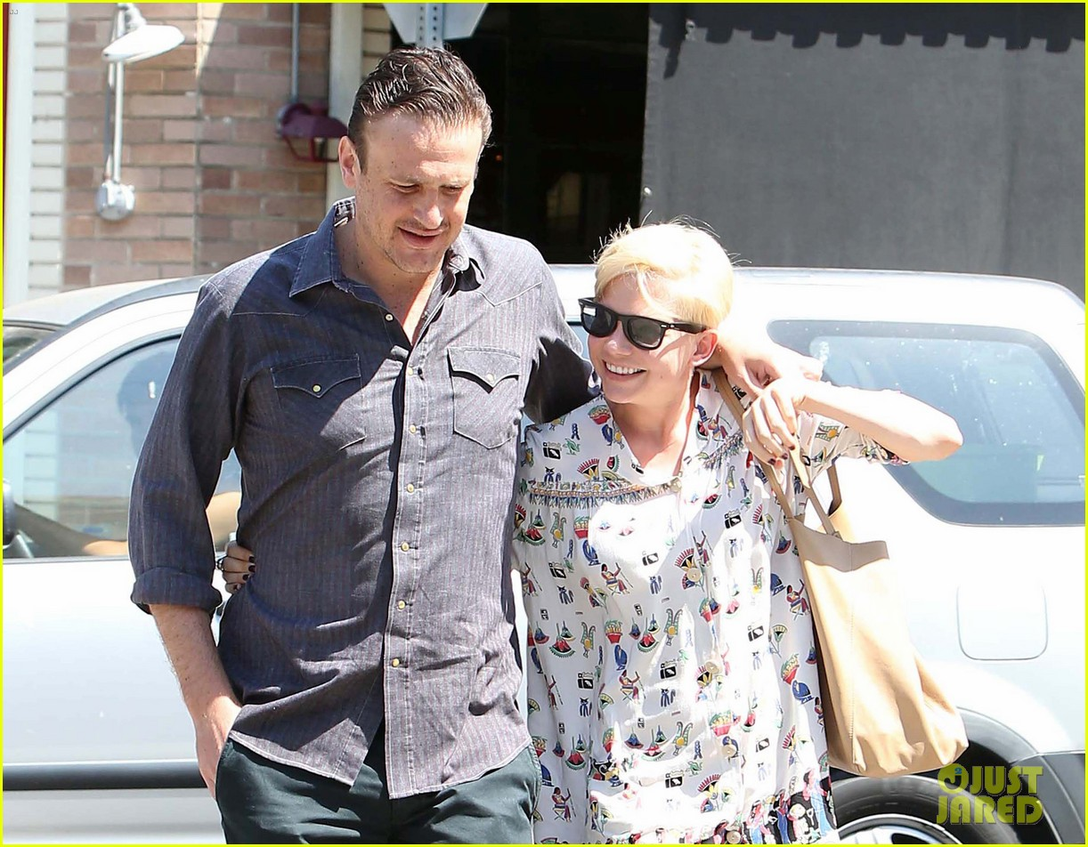 michelle williams jason segel lunch in los feliz 112705486